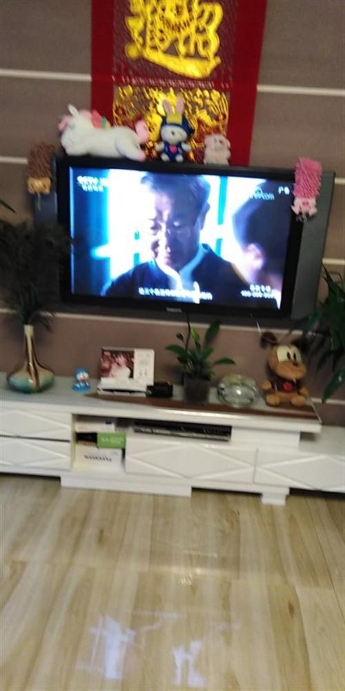 个人一手等离子电视一台,没怎么看外加一个收视小锅不要钱白送了。