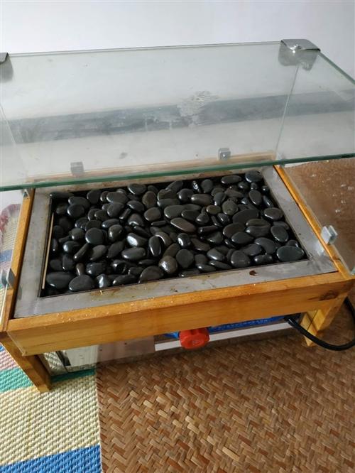 出售火山石烤肠机一台,用了一个月,原价350现价180有需要可以联系