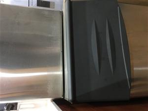800磅制冰机,使用三个月,几乎全新!因本人另有发展,急出手!