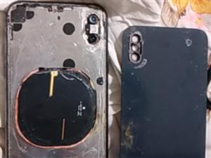 泡了水的烂苹果,开不了机电池也泡涨了,卖废品。要的加微信78852766