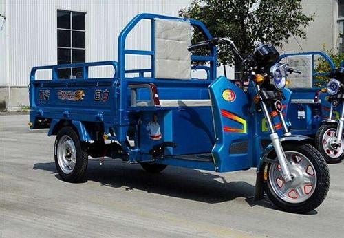 想买一辆二手的电动货运三轮车  有用不到的 联系我,价格好商量