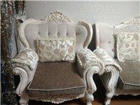 二手欧式沙发一套(1+2+3),一年零一个月,当时不懂,所以买了欧式,现在想换,低价出售,东西在奉节...