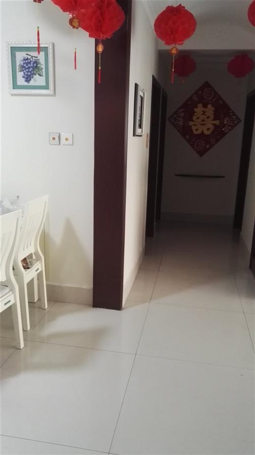一中小高层140户型,精装修新房。 联系电话:13505463926