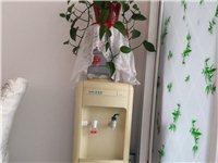 安吉尔饮水机,带制冷功能。