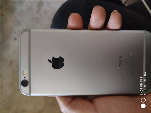 自用苹果6s三十二g1700诚心要打电话