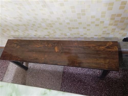 火锅桌子80×1.2四人桌大理石面带液化气炉子带长条凳子九成新,十来套。很新。半价一套500不议价,...