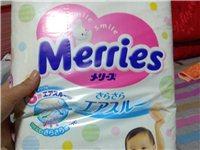 进口花王纸尿裤,正规母婴店购买u版。l码54片装,宝宝不配合穿要换拉拉裤。有需要的宝妈联系我吧