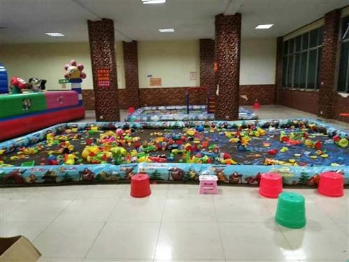 9台小型孩子玩乐设备,弹珠机,拍拍乐,火焰飞车,台球机,格斗机,枪机,未开店,低价转让,300元每台...