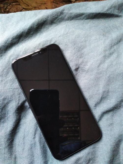 【出售】本人出售一台不到一个月的苹果8X,黑色,64G内存,价格4500~5000,成心要的联系:1...