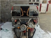 宝岛电动车,车斗1.8*1.3米,带高低速,载重量1吨,带两组电瓶一次充电续航100公里。可当面试车...