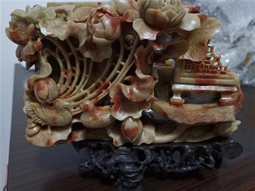寿山石雕件,80年代玉雕大师雕的,寿山石是中囯第一名石。现在就光这样的雕刻就要几万。