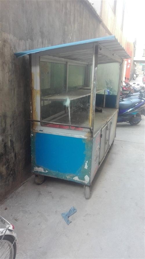 二手移动小吃车车转让,适合于各种小吃,电话:18308287468