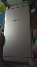 换手机了,自己还在使用的手机vivoy66 700元转让   ,手机上还安装着两款一键转发加粉软件 ...