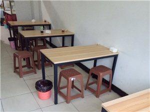 刚刚置办的小吃店桌子!!!有需要的联系