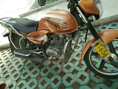 自己的摩托車有保險可以過戶里程2萬左右1500