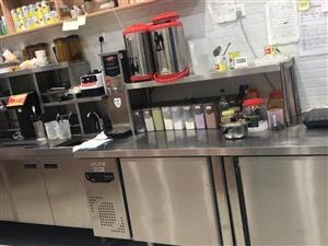 奶茶店全套设备,九成新,奶茶物料,可提供独家配方。