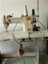 欲出售闲置缝纫机一台,九成新。砸毛巾用的,不干了,想卖掉,新机?#29992;?#26377;任何毛病。
