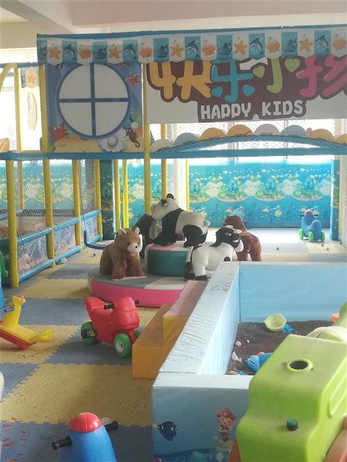 200平米儿童游乐场所有设备转让,八成新,低价转让,价格面议,需要的联系18182276238,