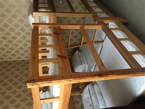 转让松木上下铺,下边1.2米上面1米,带床垫。10张。价格面议