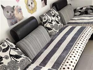 家里闲置的沙发…