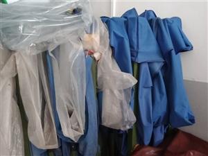 低价金沙国际网上娱乐夜宵店所有东西3门展示柜,烧烤净化器,2把3米乘4.5的伞,伞的质量是最好的。转让天然气户价...