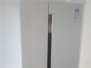 有一�_全新海���L冷�o霜新款冰箱出售,�r格3500元有意者�系我