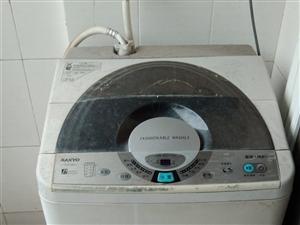 由于换新家具,旧的家具便宜出售,有家电,床,家私等,需要者从速,联系电话15992614985