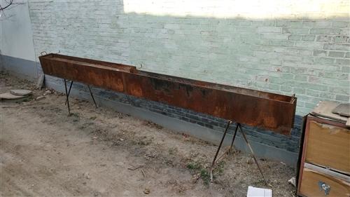 4米烧烤炉,铁价处理700元!