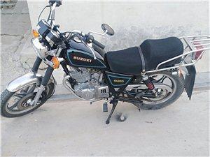 铃木GN250摩托车,车况好声音好听,动力澎湃,轮胎新,双排气,轻松120迈,纯铃木,250排量的,...