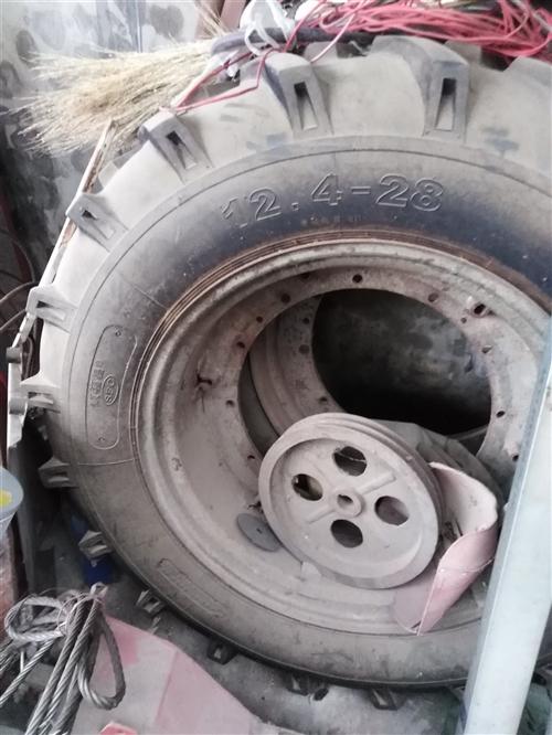 处理闲置50轮胎  角铁,方管,不锈钢圆管(19-22)   ,铝电缆(3x16+10),透明瓦
