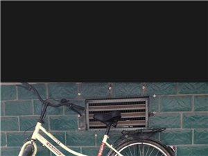 蓬溪县南门口。专业自行车店买的。八成新。因买电瓶车,所以卖。买成300多。现在便宜卖。