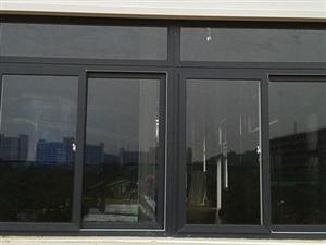 出售、收购二手门窗:室内门、室外门、防盗门、大门、不锈钢门、塑钢窗户、铝合金窗户、推拉门、铝合金门等...