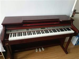 电钢琴9成新,