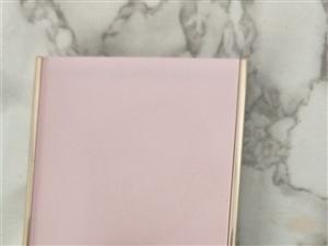 做活动一次性购了两盒,自用粉色!   这款大地色仅试色,留着也没用,现低价转让给合适的人