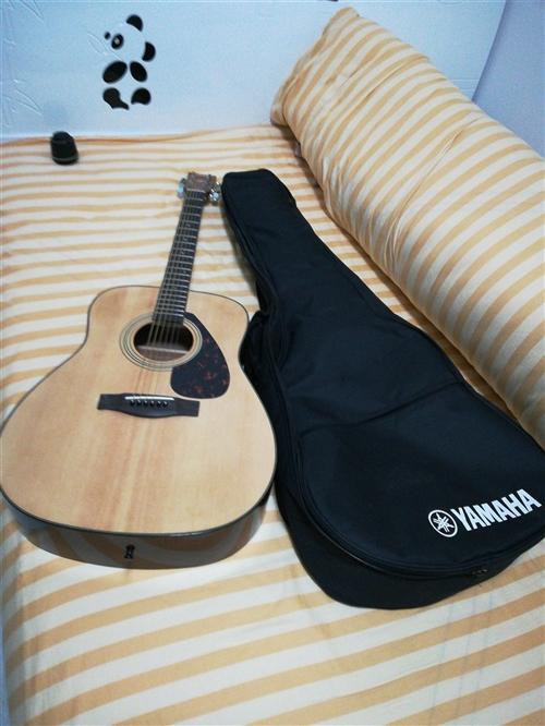 全新民谣吉他~雅马哈F600,因马上出门,送全配件,喜欢的朋友加微信详聊17671413050