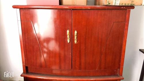 出售太子椅 桌子 柜子  床