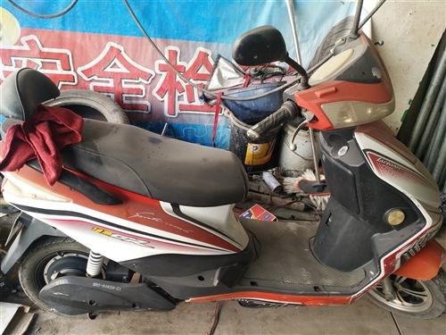 二手摩托车3辆,400元,地址,西环路老冻库斜对面米其林轮胎,
