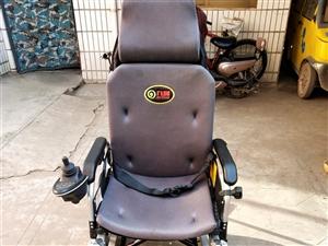 9层新可手推可电动的两用豪华高靠背轮椅,有多档快慢可调,带20A锂电池,防后倾可上坡,另有陪护座,陪...