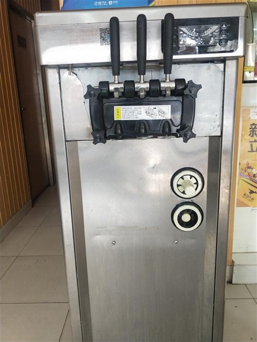 酷雪冰淇淋机转让,因店铺转让用不到了,插电就可用。9成新。原价6800,?#22270;?#22788;理。