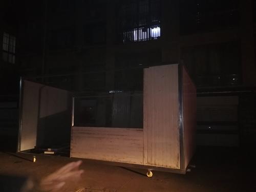 剛做的板房,3.5米?6米最高點3米帶6個輪子因村里不讓放現出售