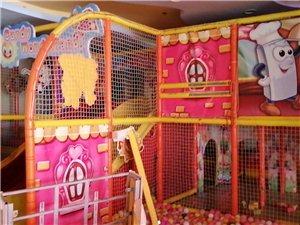 大型游乐玩具,长10米,宽9米,高3米左右,9成新