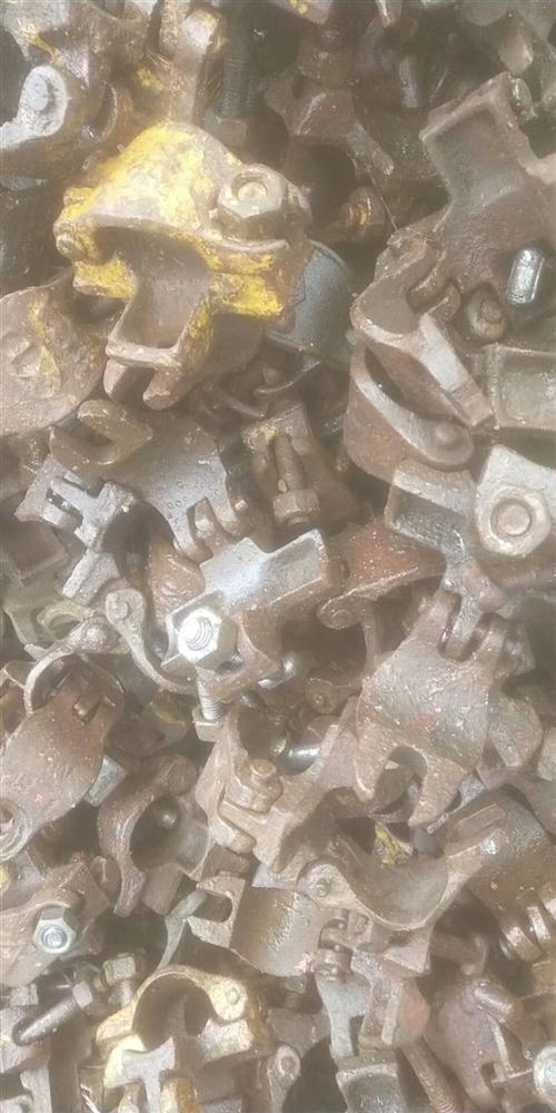 本人架子工,求购旧钢管,扣件