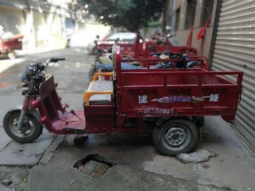 求够一台能拉东西的电动车燃油的也可以。联系电话13091612466