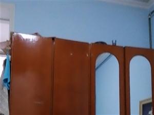 老式大衣柜