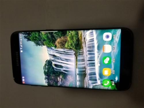 出售一个95成新,三星曲屏手机s7,32g 内存,想买的请联系。