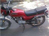 嘉陵摩托车,5成新。现在在德令哈,有需要的朋友联系一下,低价出售!