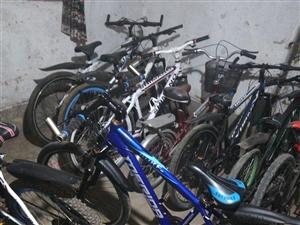 出售一批二手山地车,自行车,各?#20013;?#21495;?#21152;校?#21378;家直销大安电动车也已经到货,价格优惠,有需要的联系我18...