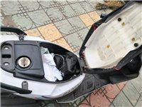 新车3600买的,不想骑了刚换的LED大灯一个人飙到100没问题!电话15064761615