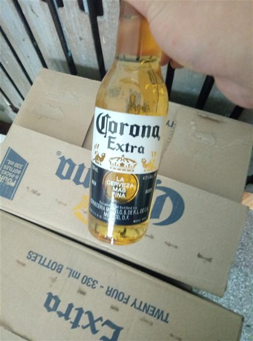 過年時聚會喝的,買多了。現在賠錢處理。墨西哥科羅娜,330ml*24瓶,京東178買的,現在140賠...