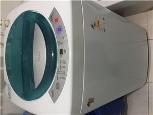 海尔洗衣机4.5公斤,因搬家所以处理了,